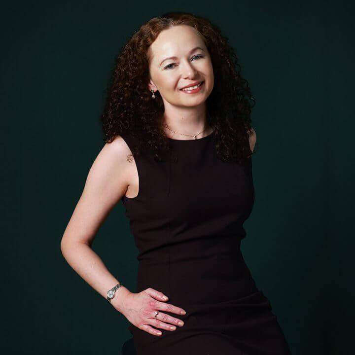 Portrait of Elena Bagayeva, consultant at Eric Salmon & Partners