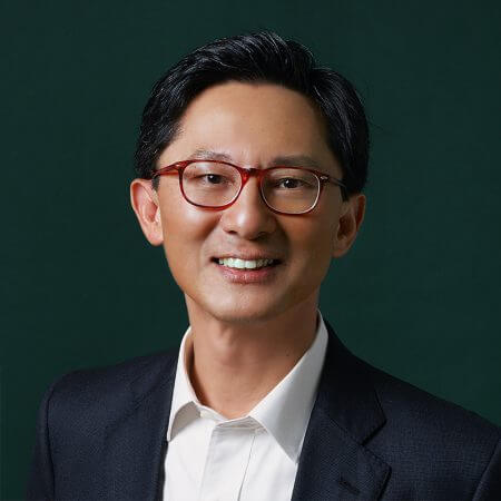 Portrait of Wai Leong Chan, consultant at Eric Salmon & Partners
