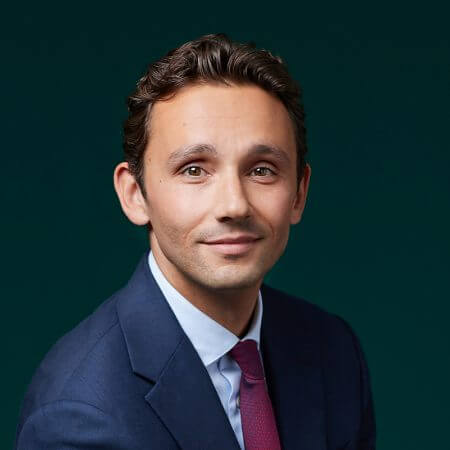 Portrait of Romain Eyherabide, consultant at Eric Salmon & Partners